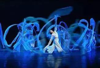 练好现代舞基本功的方法