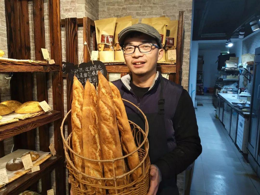 清華畢業當保安、研究生畢業賣面包…學歷真的無用嗎?