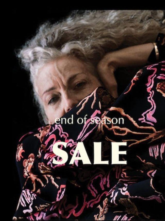 从未做过模特和演员的她,到了60岁却突然成为了时尚ICON