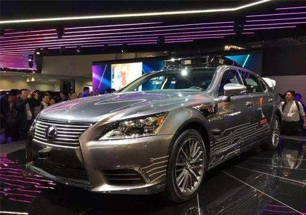 每日车讯:丰田暂停无人驾驶汽车测试;长城在北京车展发布纯电动品牌