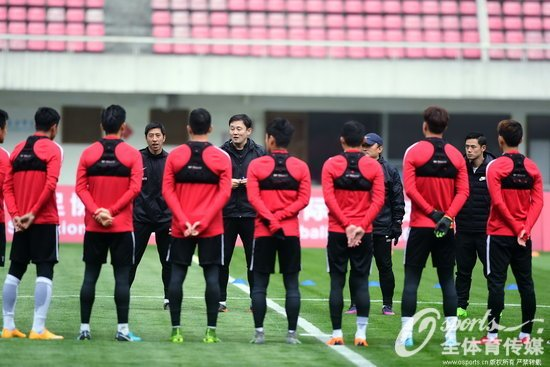 友谊赛-吴伟补时绝杀中国U21队2-1塔吉克斯坦