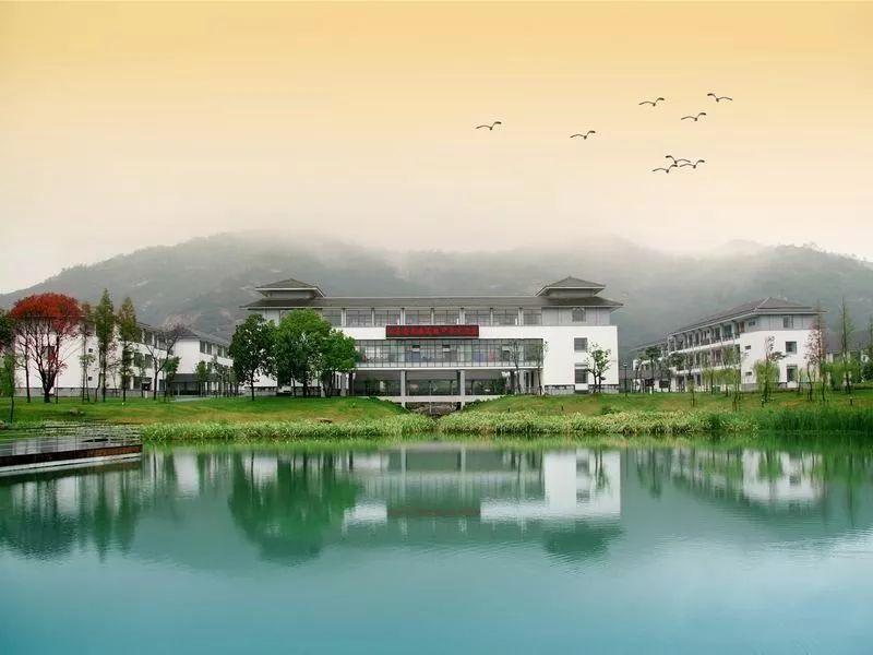 吴中家长看出炉丨江苏省四星级,三星级高中过来食堂复审高中临平树兰结果图片