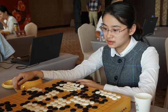 女子围棋甲级联赛首轮战罢 於之莹一台完胜对手