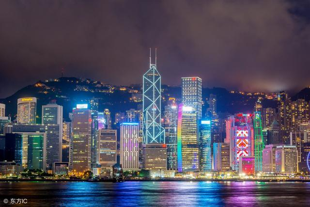 2019 gdp 香港_香港GDP首被深圳超越,而这个城市正赶超香港 香港还有出路吗