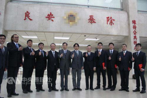 台湾警方展开全台查缉诈骗车手行动 4天逮捕418人