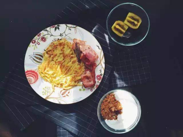有意思 | 厨房快手教你做,土豆饼也能成为浪漫的食物!