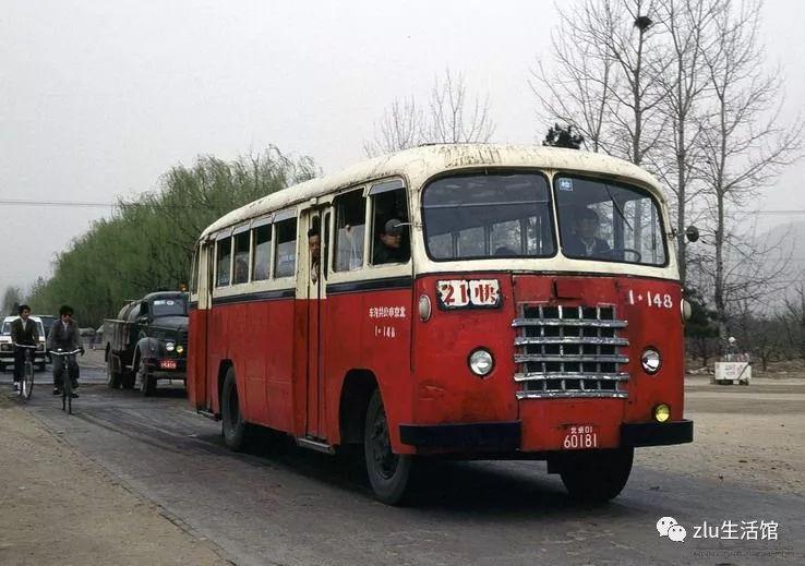 七个站八道弯二十分钟转一圈 北京公交65路的前世今生
