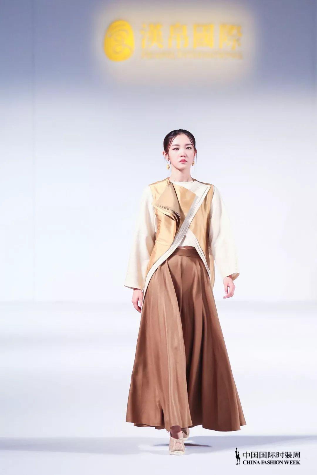 张若楠模特