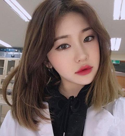 不长不短齐肩lob发型现在剪最适合,剪个韩式lob发型变图片