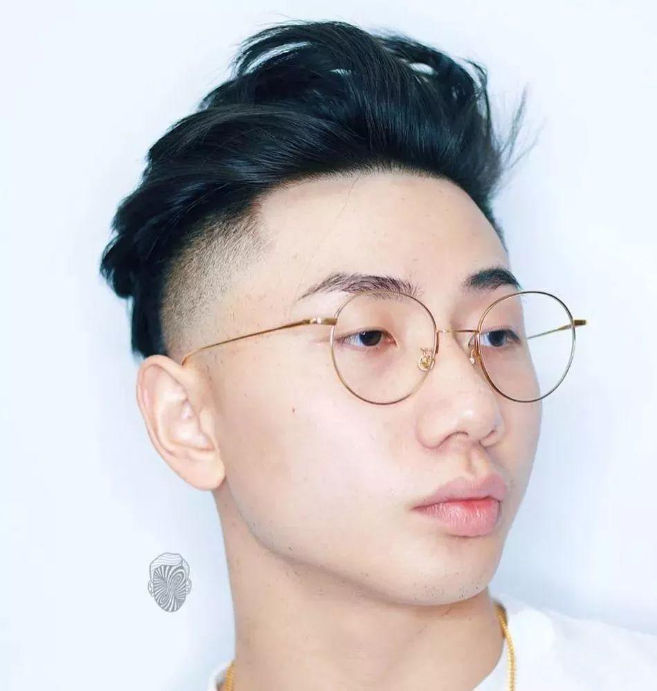 发型| 发型新变革,4款渐层under cut 型男发型了解一下图片