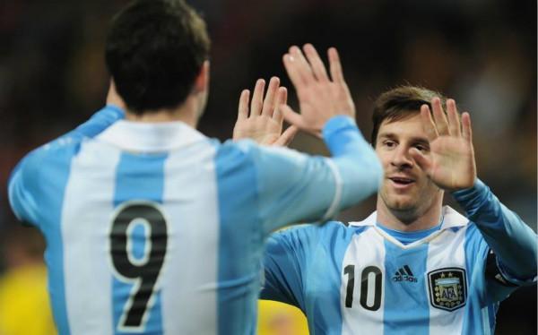 阿根廷1-6惨败_伊瓜因大赛又软了_梅西身边何时不出累赘
