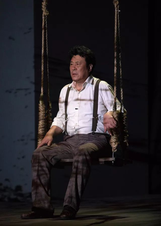 """《万尼亚舅舅》献演上海大剧院 拉开""""上海话剧艺术中心经典作品"""