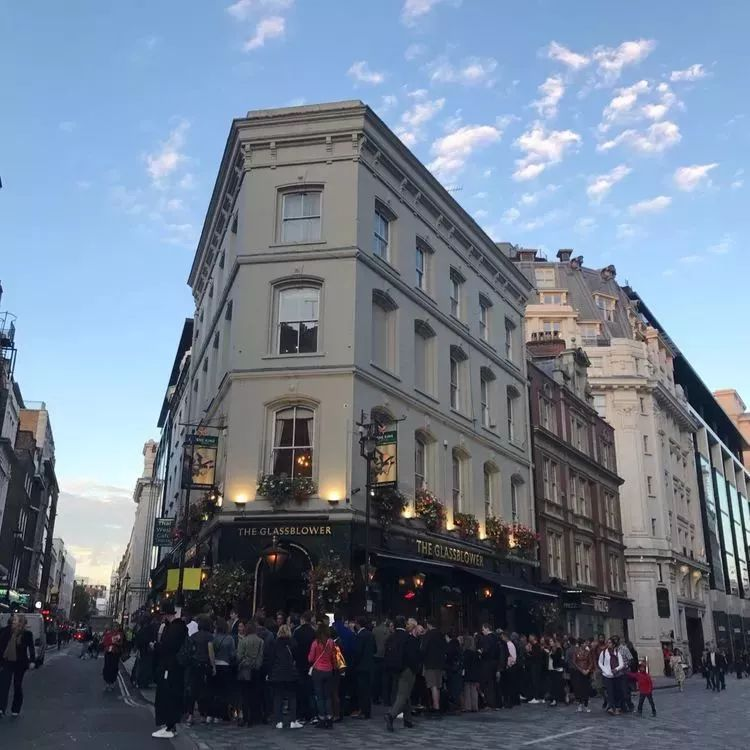 伦敦酒吧人均_伦敦酒吧