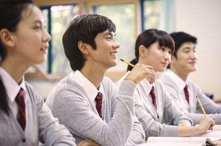 为什么选择一个靠谱的出国语言培训机构是第一步呢?