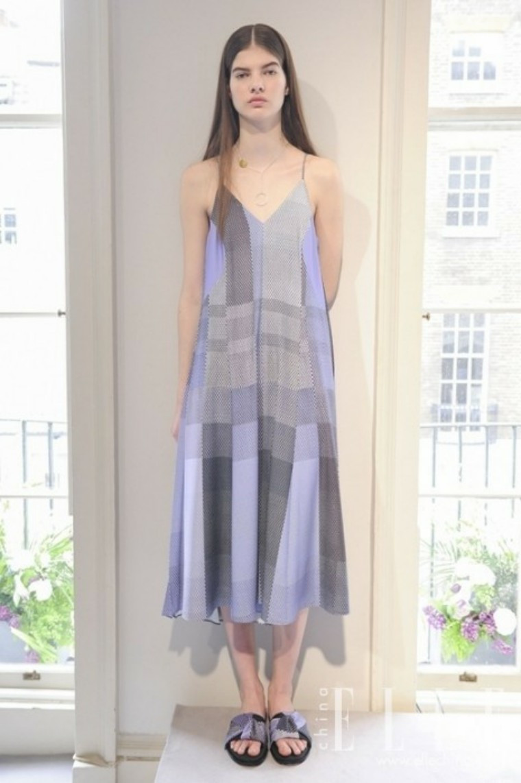 这个小高冷自英气势派头的服装品牌就连凯特王妃定亲私布都穿的是它?