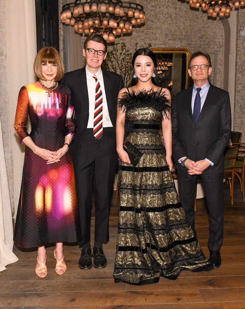 Anna Wintour与大都会博物馆庆祝余晚晚成为时装学院策展主席