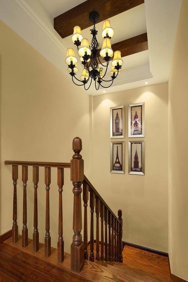晒50多万刚装修的别墅,被说沙发太丑,但价格够买几部
