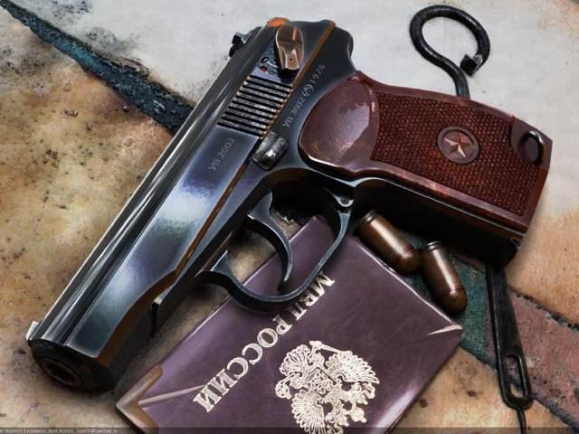军事 正文  马卡洛夫 除了枪本身的设计方面,就连马卡洛夫使用的子弹