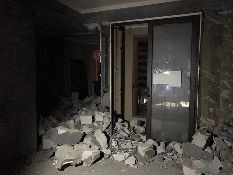 【装修日记一】四室两厅现代简约风装修第一阶段:主体改拆