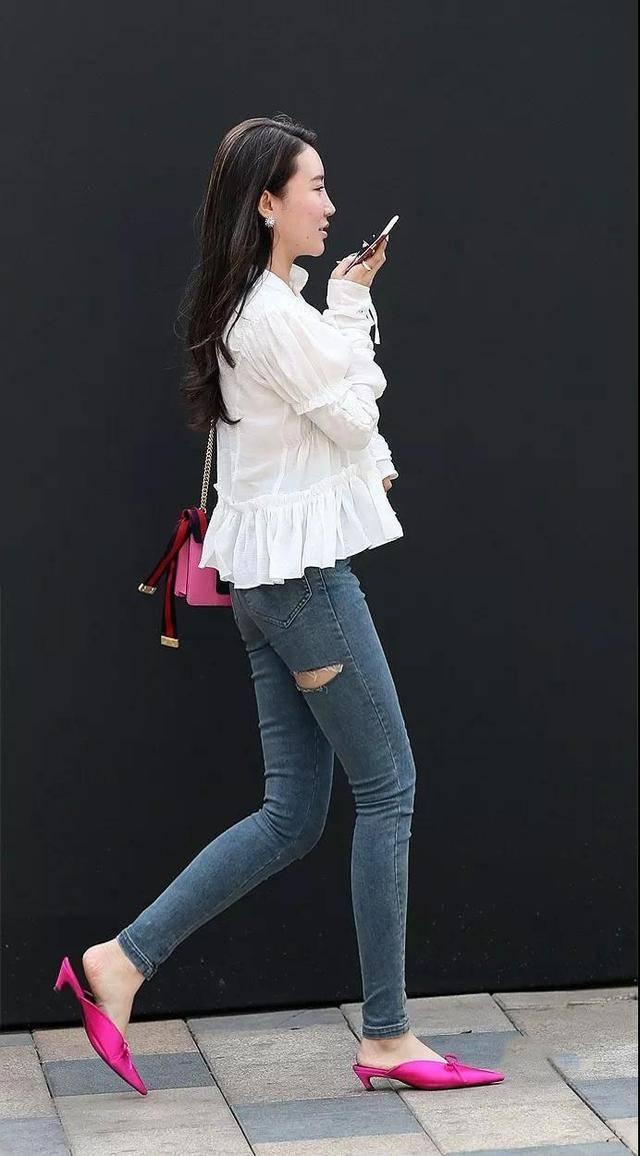 小�9.���j_小j一起分享一下美女的背影.