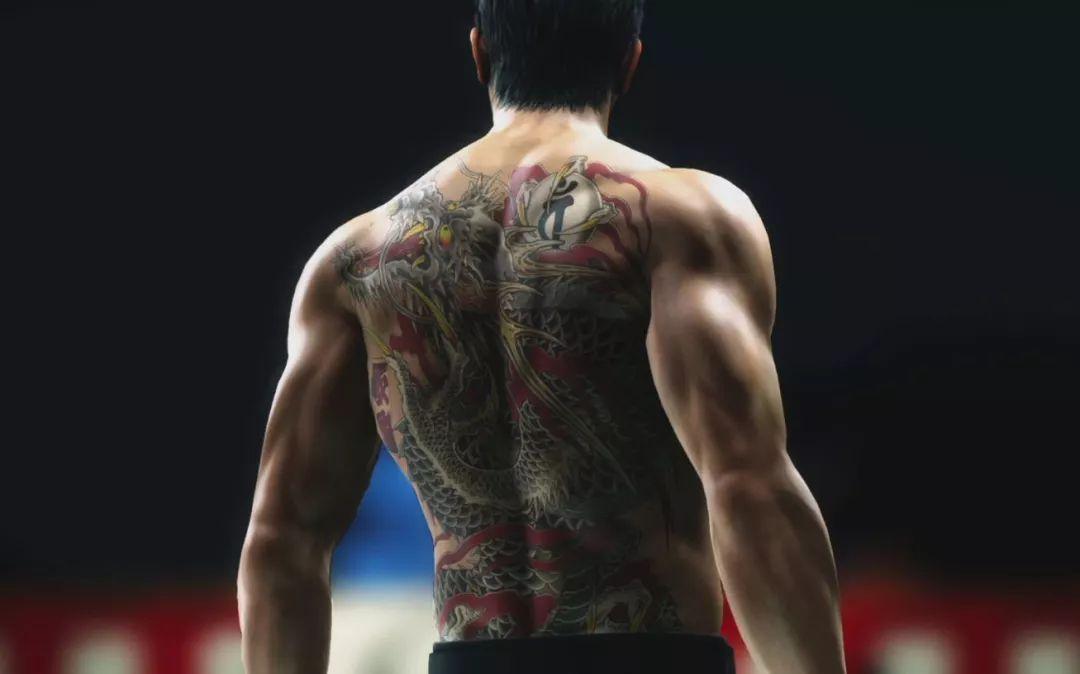 """人称""""堂岛之龙"""",背上的刺青为四灵之一的应龙.图片"""