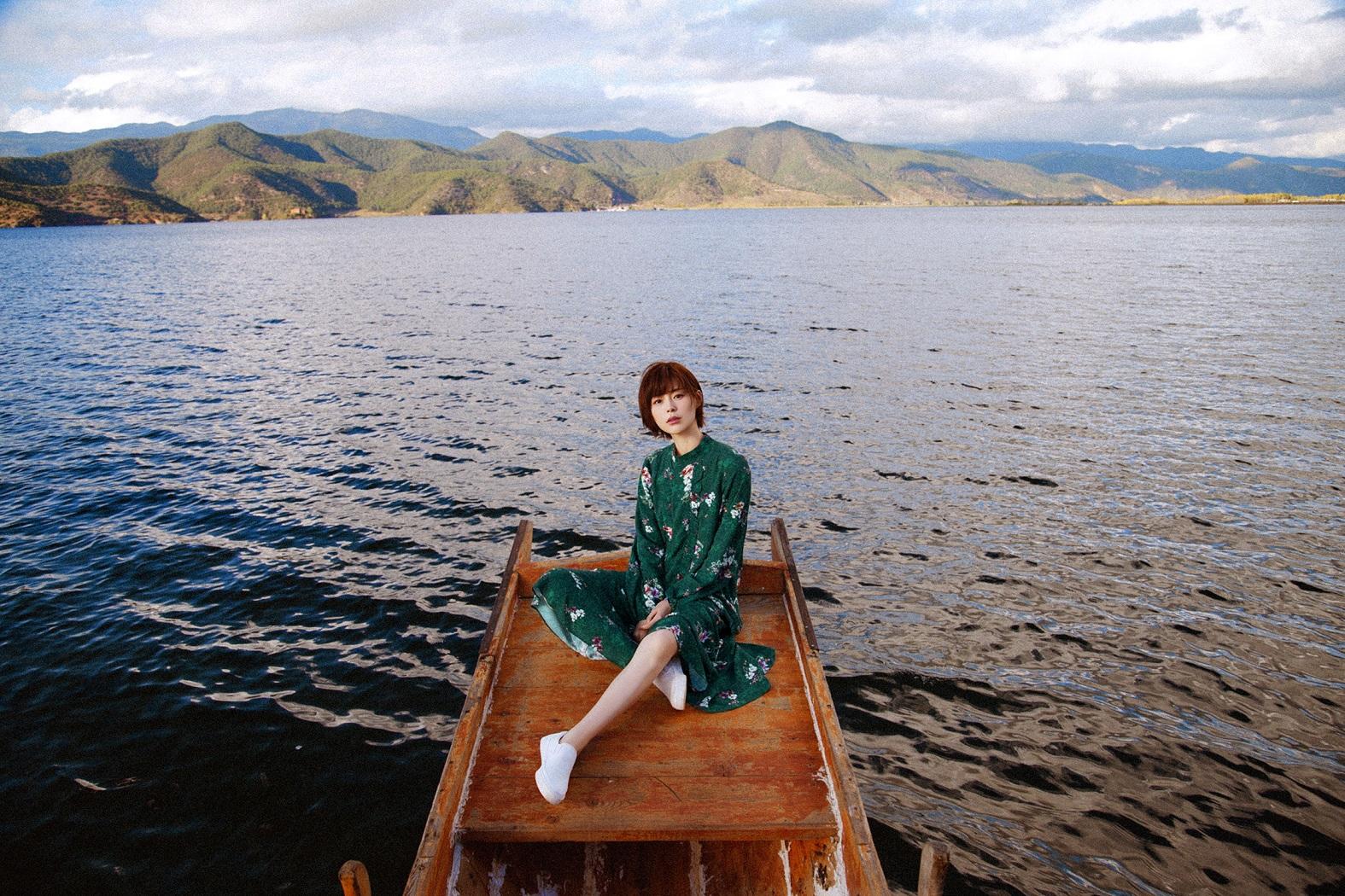 盐系女神!卢杉春季时尚大片自带少女滤镜图片