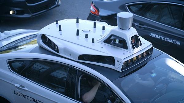 海外  供应商们对自动驾驶的致命车祸持何态度?