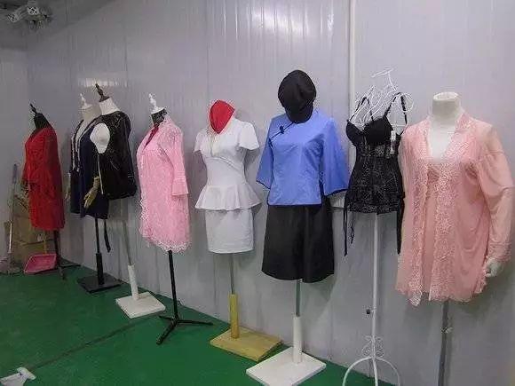 这个幻想承包了中国行业对于情趣内衣的所有小镇情趣男人入手图片