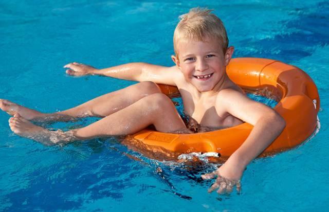 游泳多少米能减肥瘦身吗图片