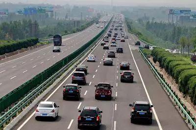 清明小长假高速公路小客车免费通行 广东江苏拥堵较严重