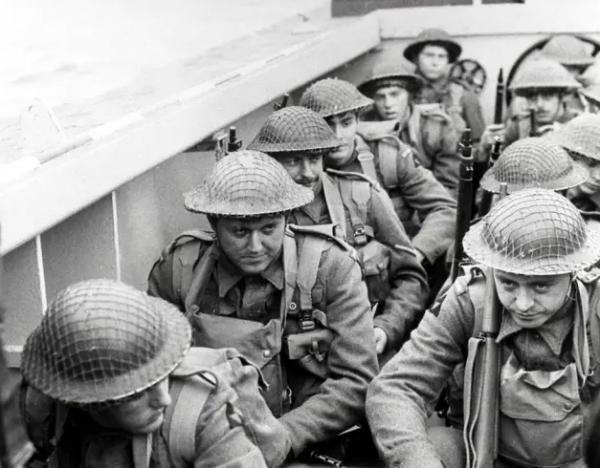 二战经典电影 25部二战经典电影,带你深入改变人类命运的战争