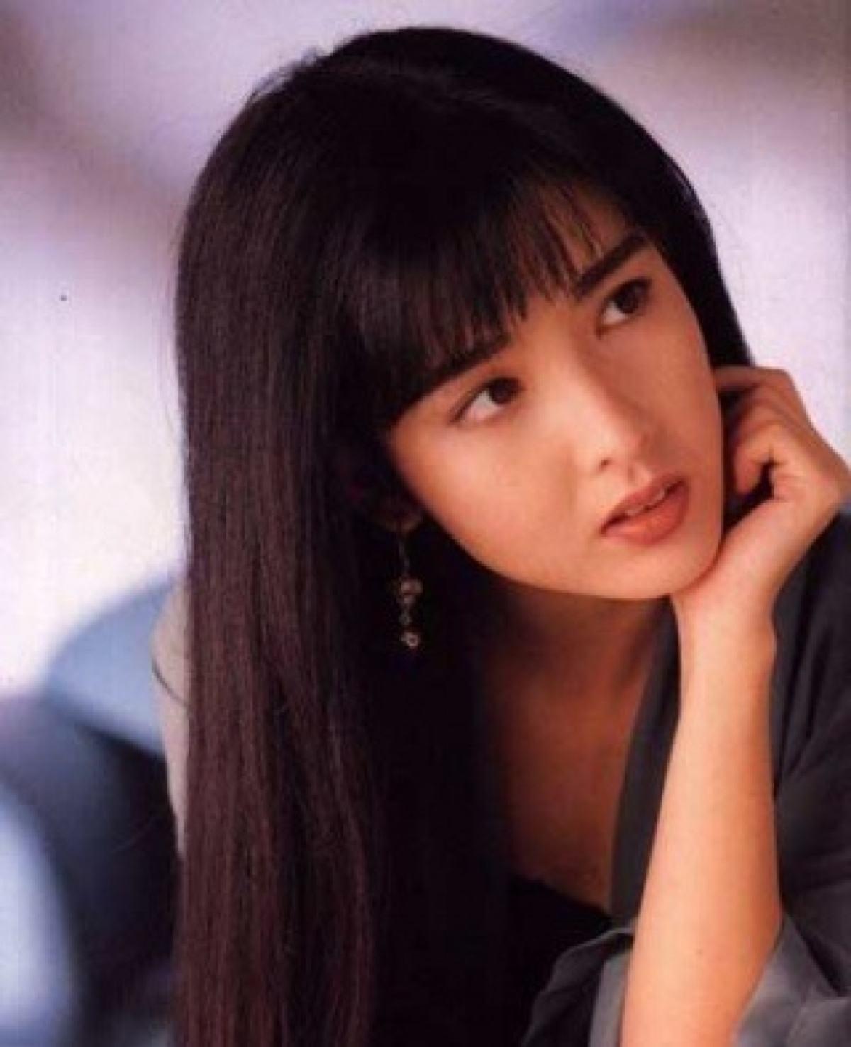 年轻�y.���-yolyf�z_周慧敏年轻时候真的是美翻了,喜欢她吗?