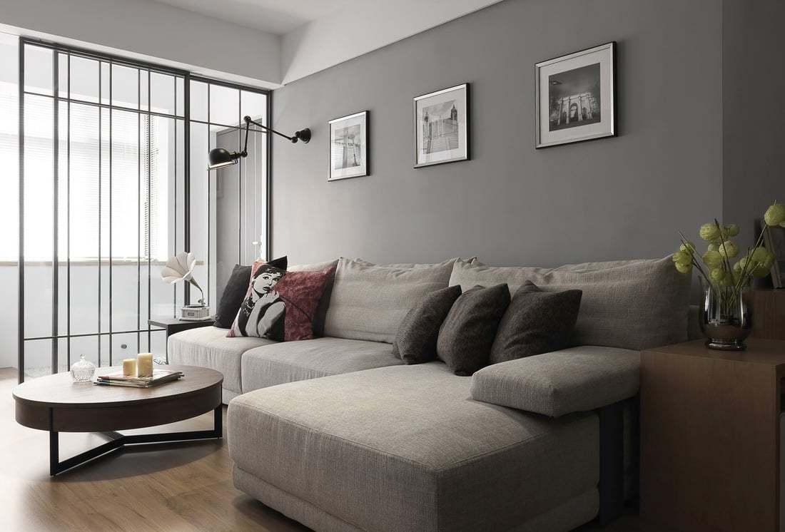 亚星盛世两室两厅89平北欧风格装修案例效果图--客厅采用黑白灰的色调