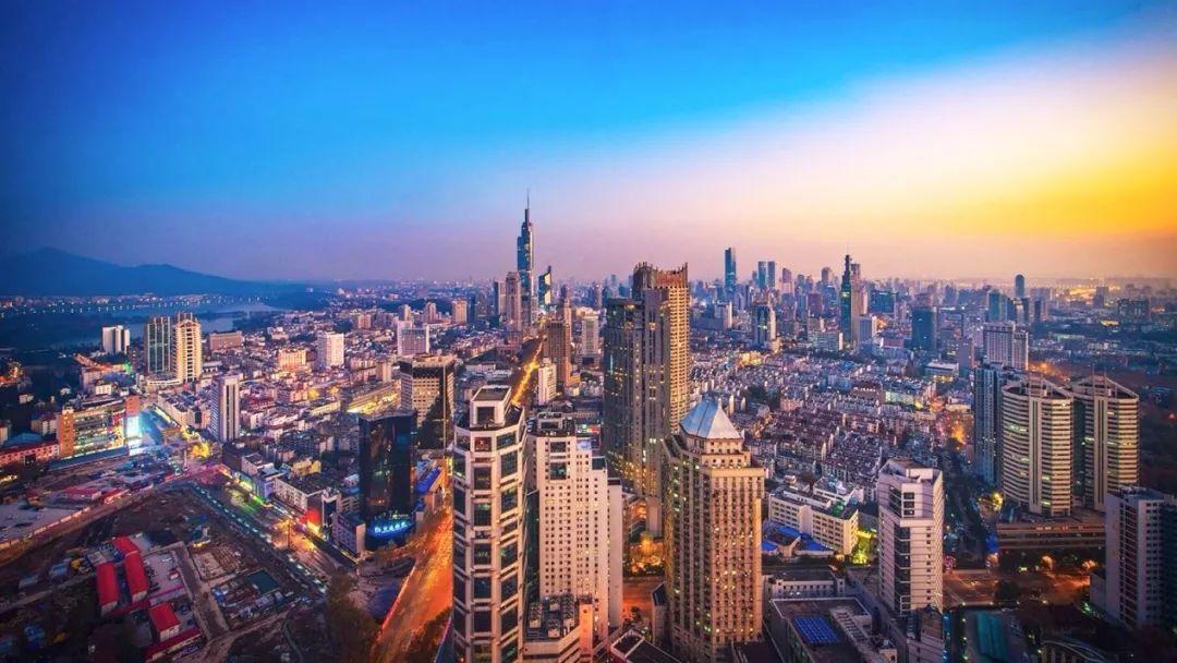 华东的gdp_聂辉华 中国各省经济版图固化(3)