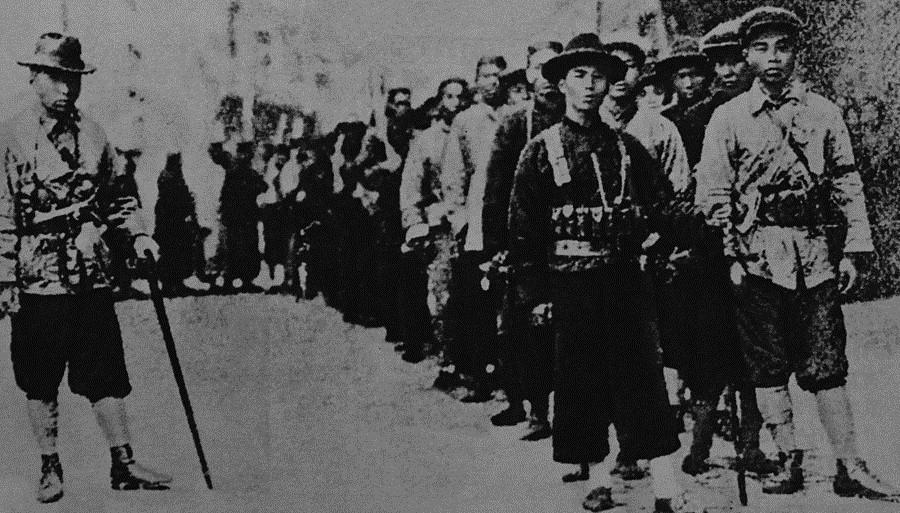 中共党史上被秘密处决的叛徒之何家兴夫妇,生活奢靡,为了金钱叛变革命!