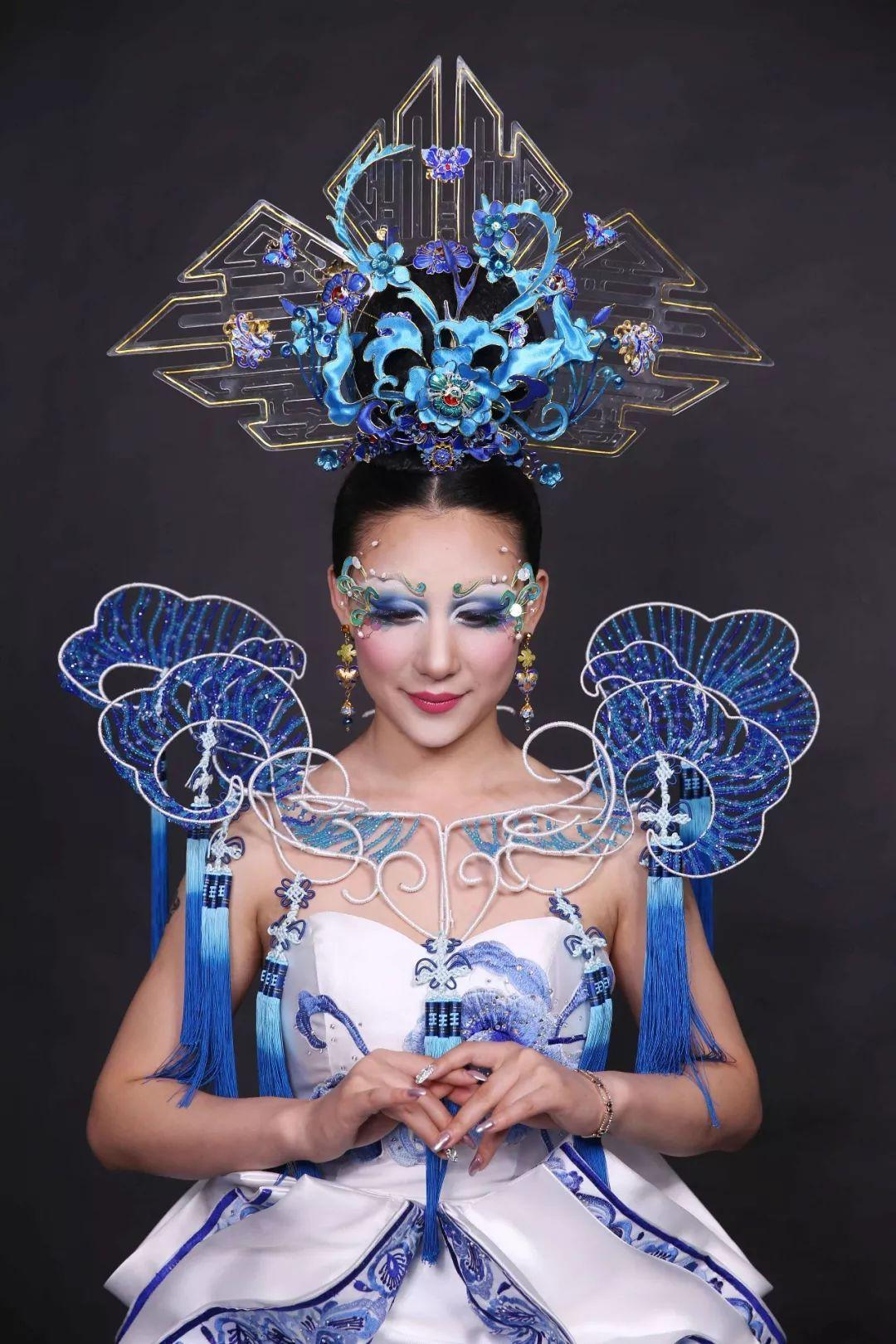 正文  最美不过中国风  当传统经典的中国元素 融入时尚创意的美妆中图片