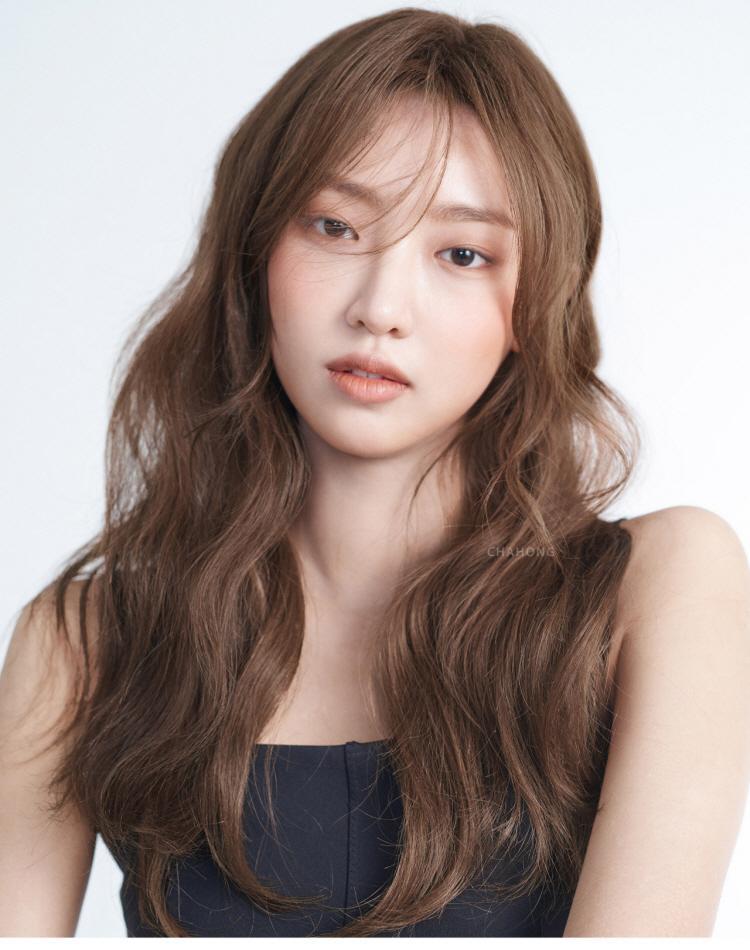 2018女士长发发型赏析图片