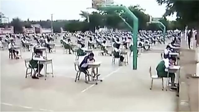 湛江一中學設「史上最難作弊考場」暴曬學生 教育局長:腦袋進水