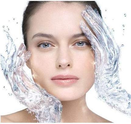 时尚 正文  3 注意肌肤补水 对于红血丝人群,在日常肌肤护理中,补水是图片