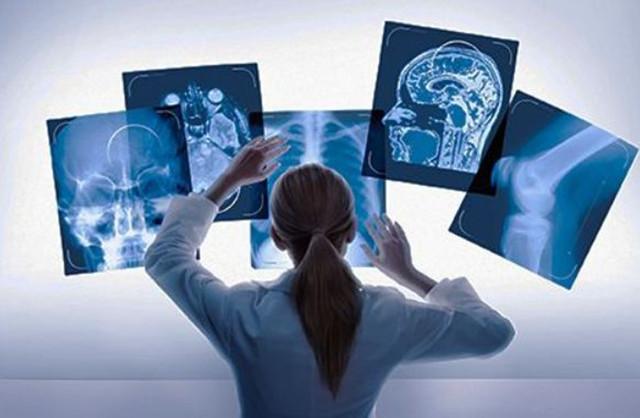 微软张益肇 :最看好AI在金融和医疗领域的应用