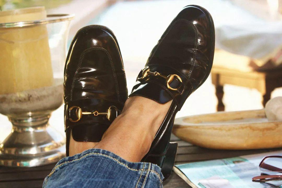 马衔扣乐福鞋