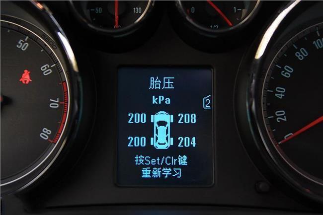 别克君威,君越轮胎气压指示灯复位方法详解图片