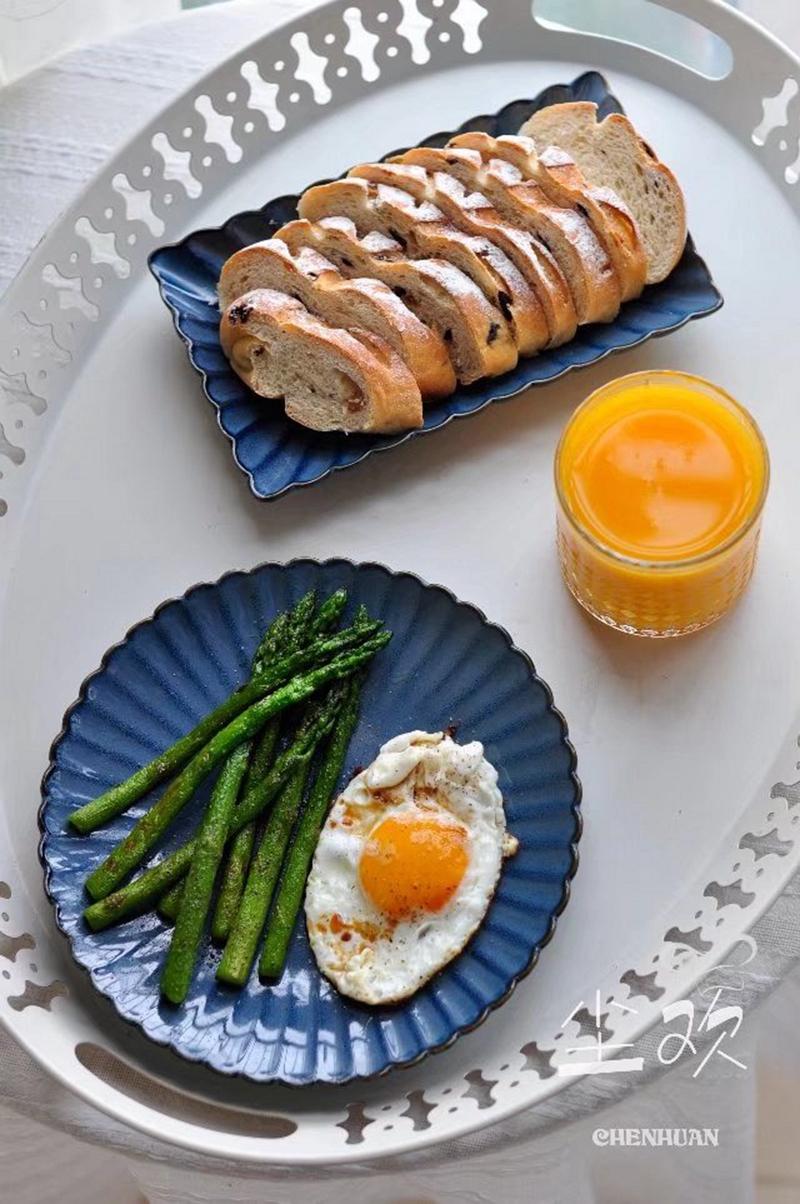 做法很简单 营养不可小觑----黑椒芦笋