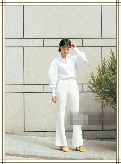 当白百何穿白色阔腿裤撞上王珞丹,网友:我终于知道谁更疯狂了!