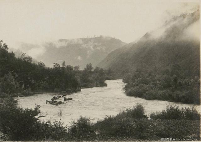 山间老骚逼_老照片中的华夏 | 1925年的长白山,还有美丽的鸭绿江风光!
