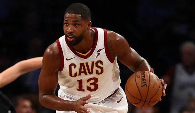 NBA现役五位置最强阵容,库里杜兰特皆落榜 中锋人选有争议