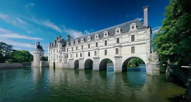 卢瓦尔河谷那些见证了法国历史的城堡,如今都是著名的文化遗产