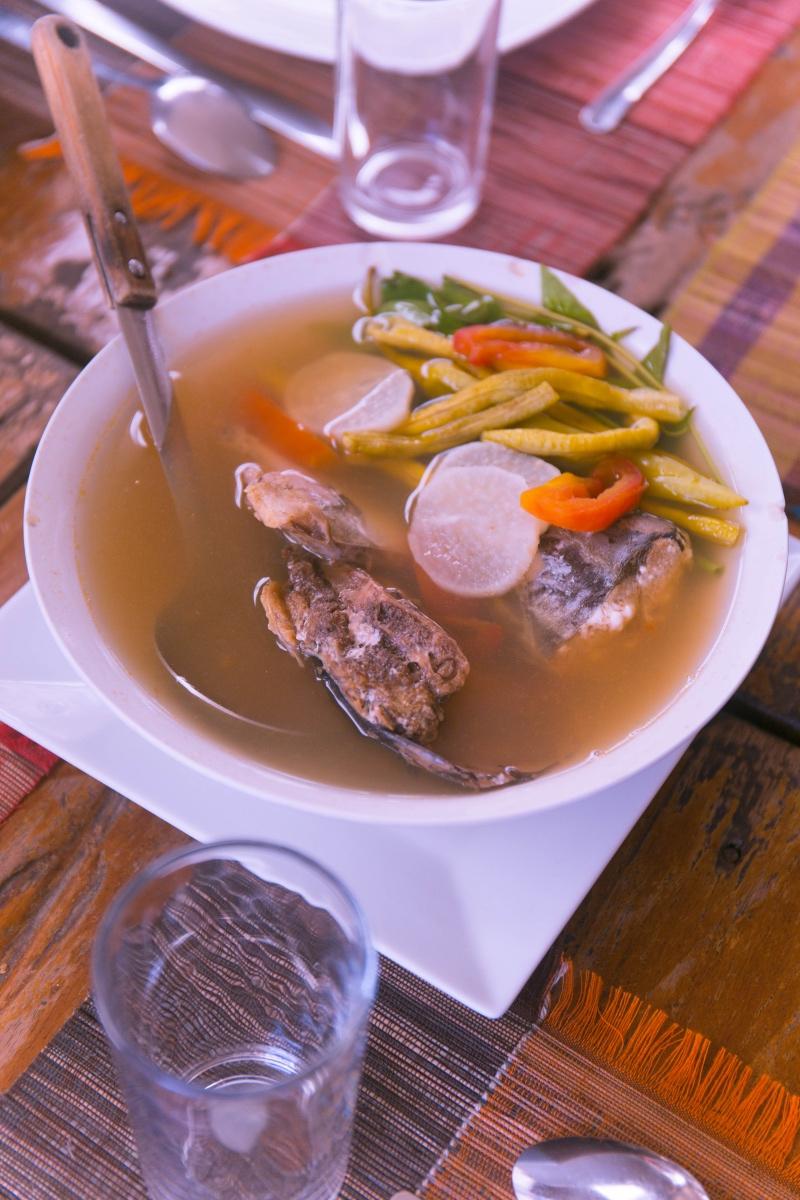 菲律宾美食探索,日落下的流动餐厅可谓全球最浪漫打卡地之一