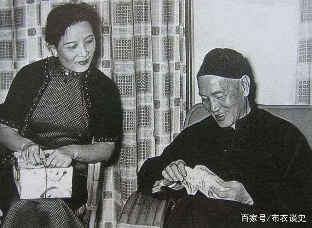 106岁的宋美龄临终前含泪说了两件事,周围人瞬间泪奔_图1-6