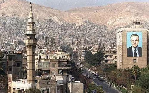 美军空袭叙利亚,卢布暴跌,贝加尔湖的机票再降**%